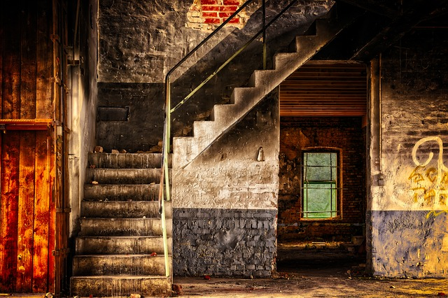stairs-3314731_640